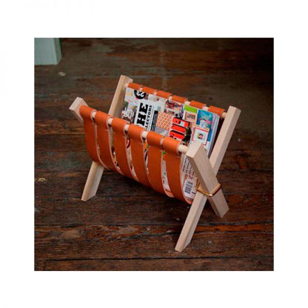 Подставка под газеты и журналы деревянная